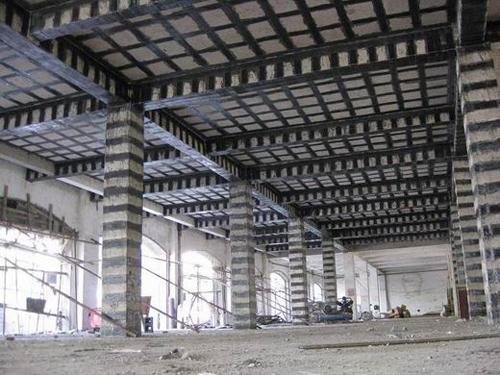 结构加层柱头拉结钢筋.梁体接长水平植筋