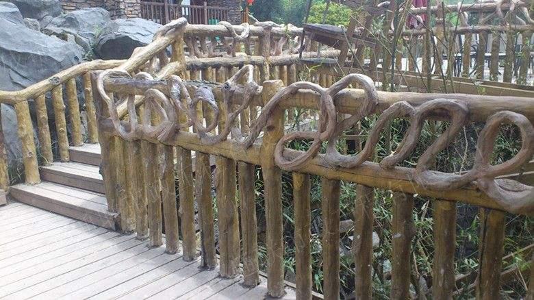 厦门仿木栏杆制作供应