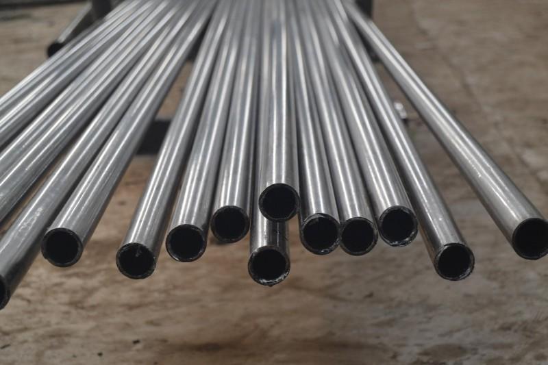 热镀锌圆钢,角钢,h型钢,工字钢,方矩管,钢板桩,钢板,扁钢,矿工钢,圆钢