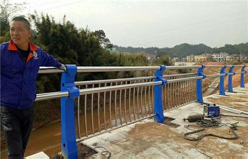 湖南长沙不锈钢复合管桥梁护栏@供应商