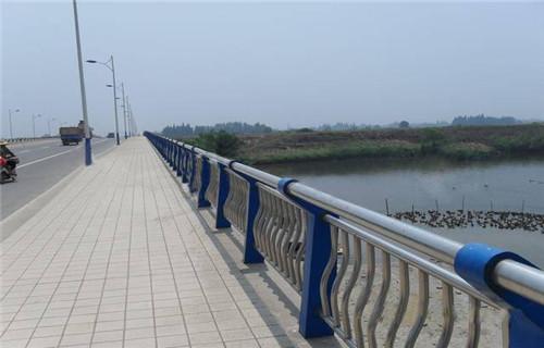 白銀不鏽鋼複合管橋梁護欄各規格價格振宇鋼鐵