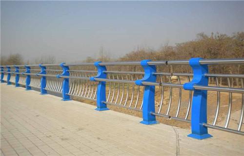 安阳不锈钢复合管道路护栏保质保量振宇钢铁