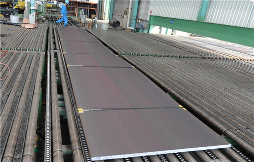 国内花纹不锈钢板企业还存在技术创新能力不足,产业化水平不高及综合