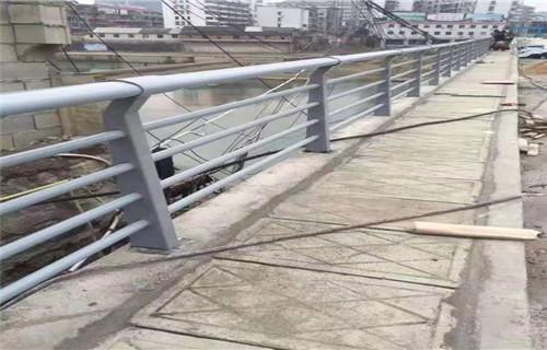 张掖不锈钢桥梁栏杆价格